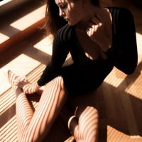 isable-homeshooting-yousual-summer-body-shadows-nofilter-sunny-homeshooting-girl-cute